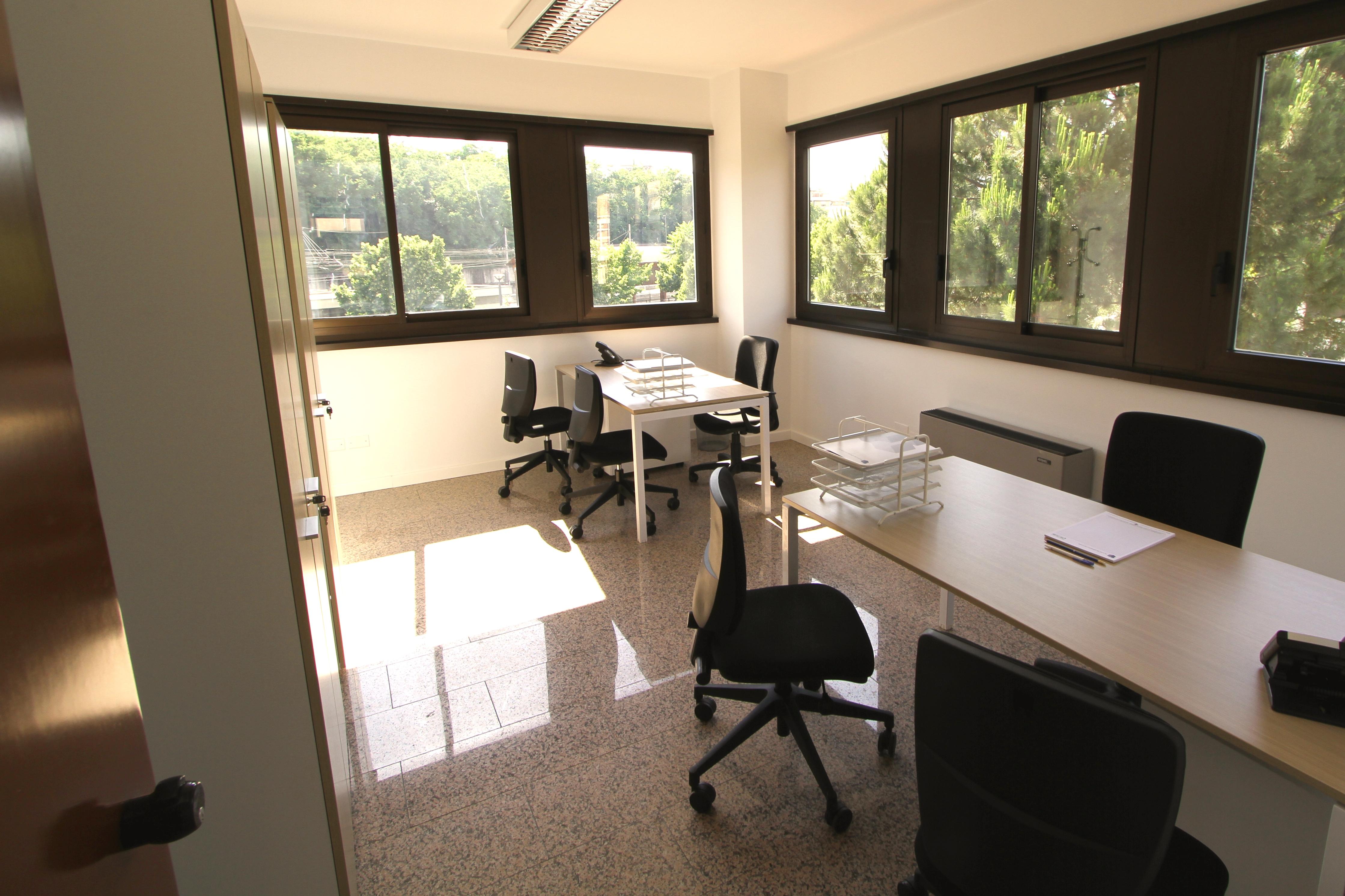 Ufficio arredato roma for Temporary office roma